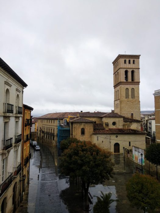 Iglesia de San Bartolomé, primeras nieves marzo Rioja